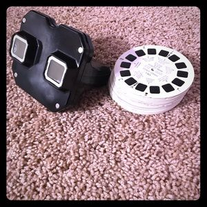 Vintage Sawyer's View-Master and lot of 30 slides.